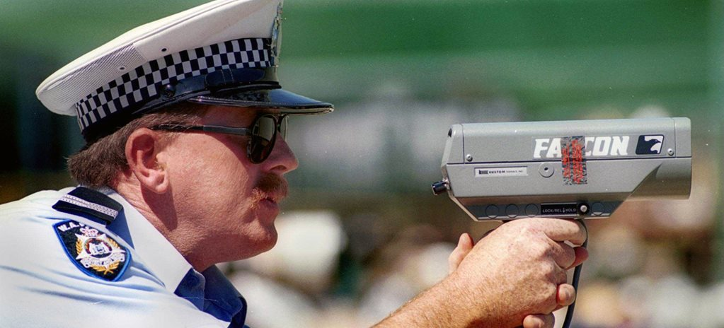 Emails reveal Queensland police quota to write tickets