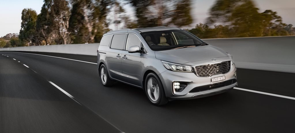 Kia Carnival 2020 Review, Price & Features
