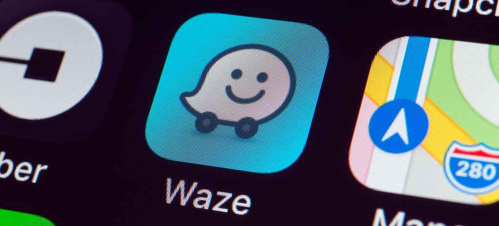 "Using Waze app to avoid police is ""just stupid,"" says police"