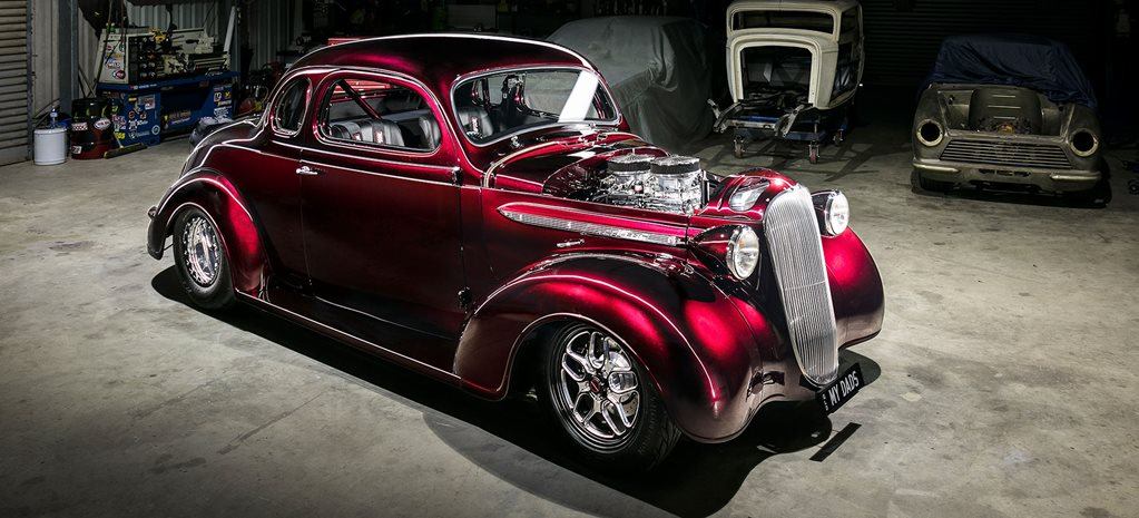 Big-block pro street 1937 Plymouth coupe