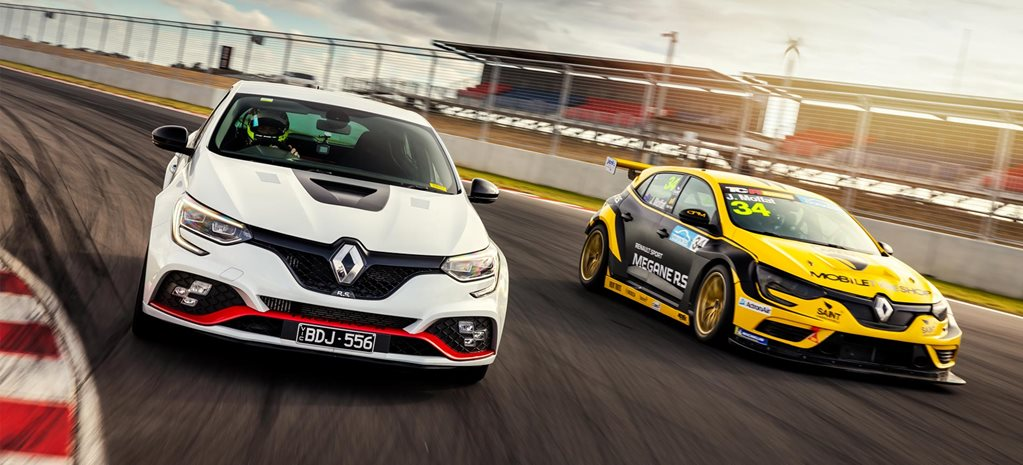 Renault Megane RS Trophy-R record at the Bend TCR