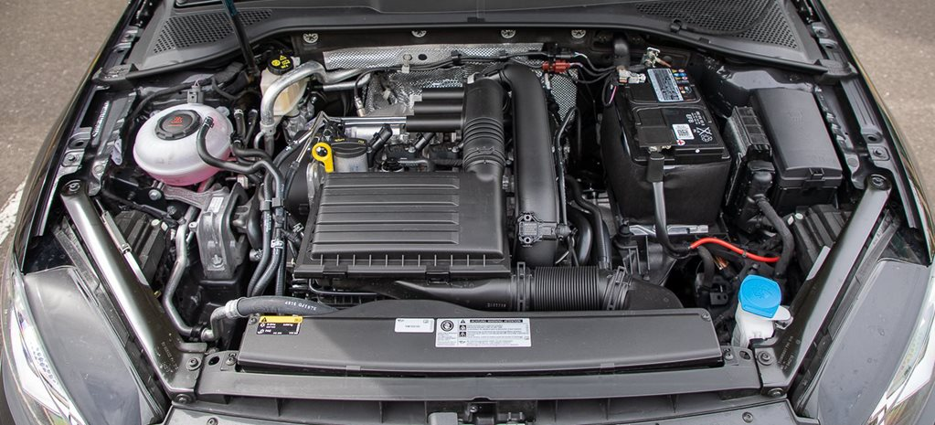Volkswagen Golf 2019 engine bay