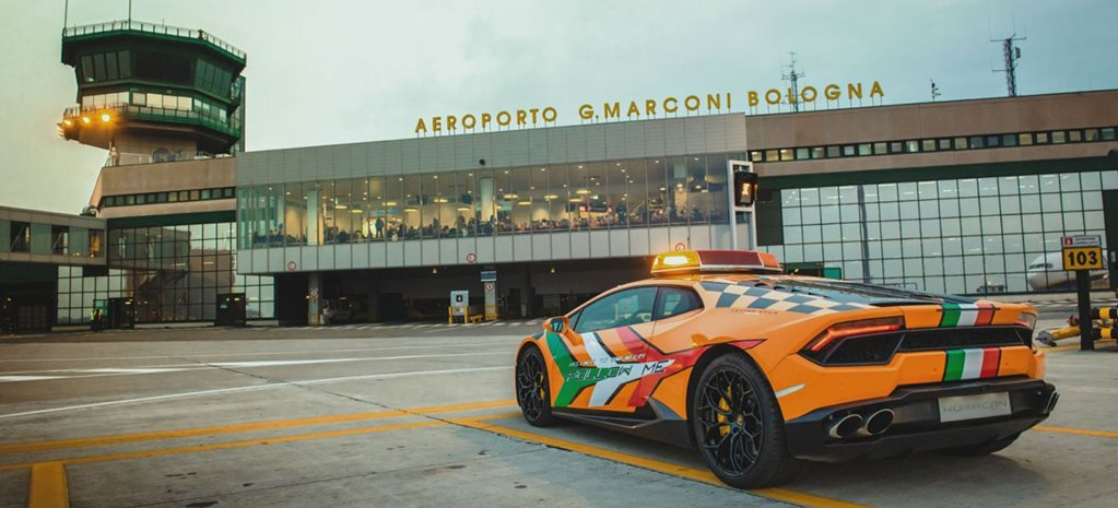 Italian airport now has Lamborghini