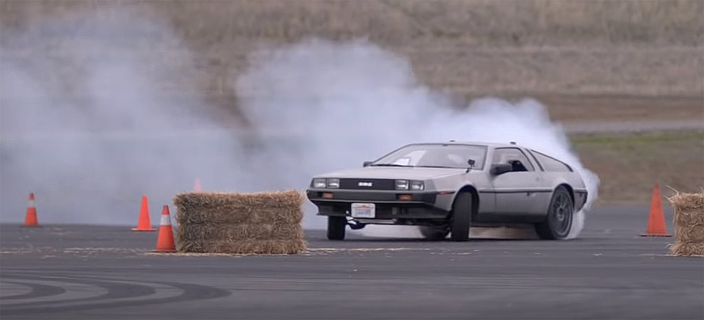 Stanford boffins create self-drifting Delorean