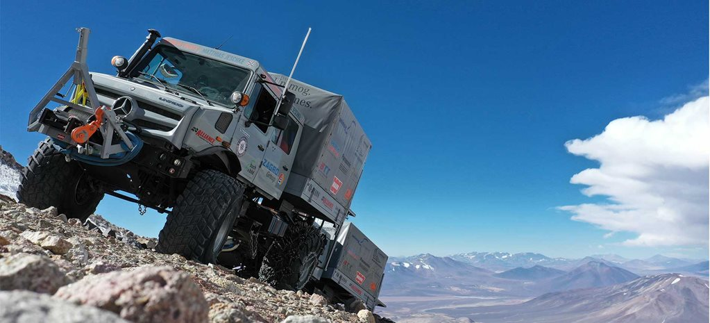Unimog trucks break the world altitude record