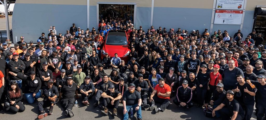 Tesla builds its millionth car