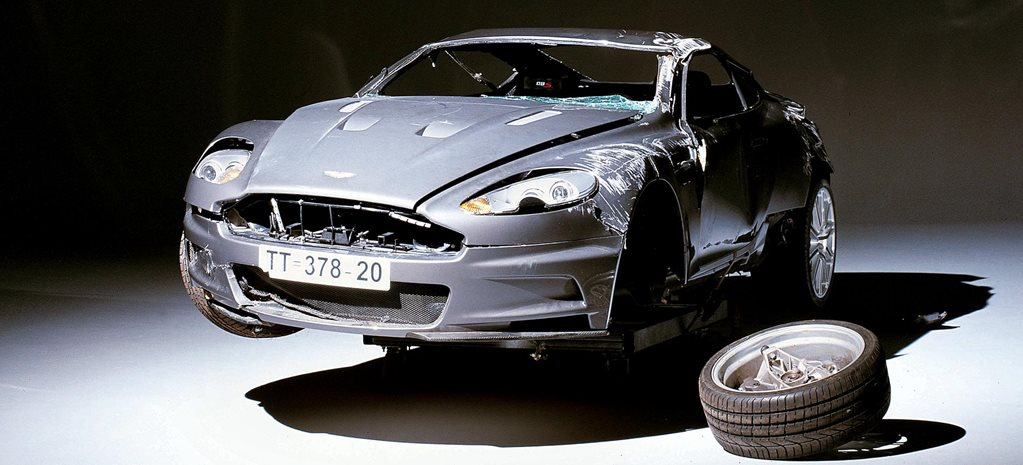 Aston Martin DBS James Bond Casino Royale stunt feature