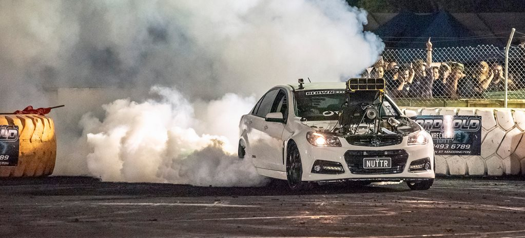 10,000rpm Holden VF Commodore - NUTTR