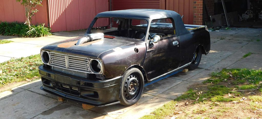 Ryan O'hara's 1973 Mini Clubman funny car - in the build