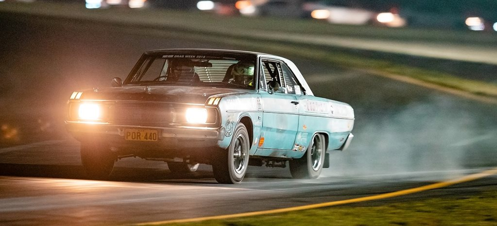 POR440 Valiant goes roll racing