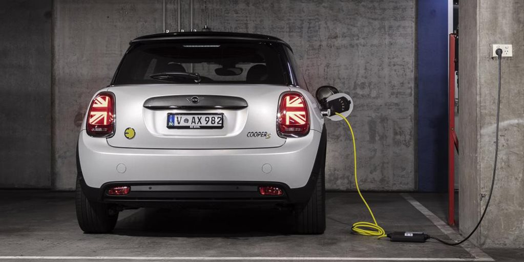 Mini to go all-electric from 2025, all models electric by early 2030s