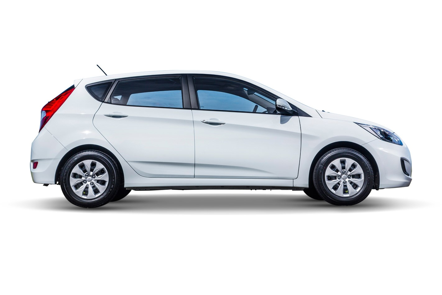 ca accent se modesto rent hatchback hyundai to own contact veh in