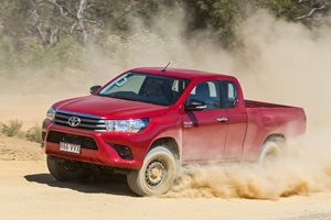 Toyota Hilux Extra-Cab Video Review