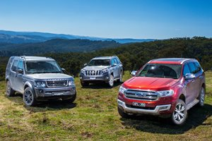 Ford Everest vs Land Rover Discovery vs Toyota Prado Review