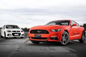 Mustang GT vs Commodore SS V Redline