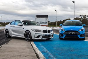 BMW M2 Pure vs Ford Focus RS