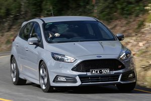 2014-2015 Ford Focus Review