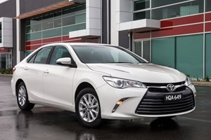 Snackable Review: Toyota Camry