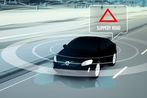 Volvo XC90 safety technology in the cloud