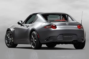 New York Auto Show: Mazda MX-5 RF gains fancy metal roof