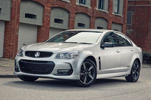 2017 Holden Commodore Black revealed