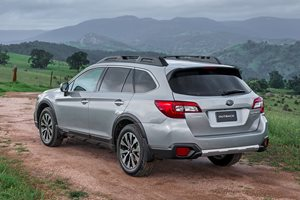 2016 Subaru Outback Video Review