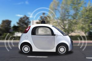 Driverless cars need special rules: report