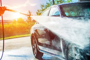 How to wash your car: Dos and Don'ts