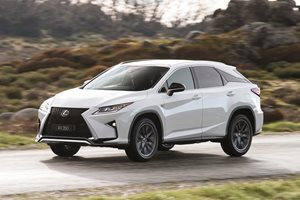 Lexus RX 7-seater edges closer to production