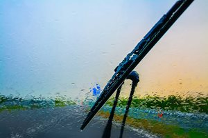 How to change your windscreen wipers