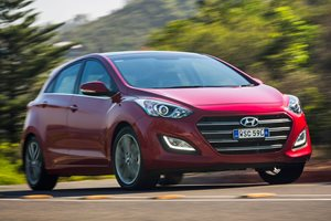 2015-2016 Hyundai i30 Review