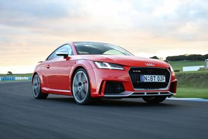 2017 Audi TT RS quick review