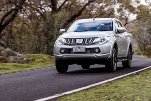 Mitsubishi Triton now offered with rear view camera