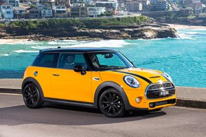 Mini announces all-electric three-door hatch