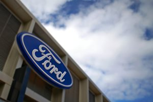 Ford says sorry for offering 'free' roadside service plan