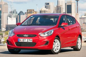 2018 Hyundai Accent Review (Accent Sport)