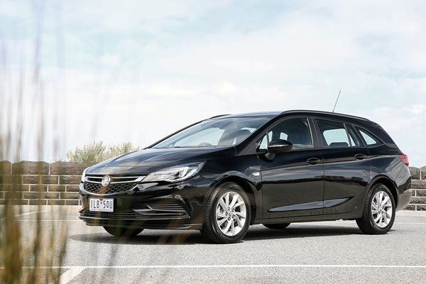2017 Holden Astra Sportwagon pricing and features