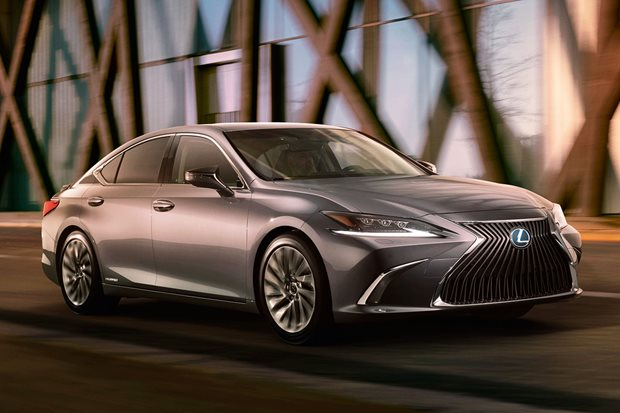 2018 Lexus ES revealed 11