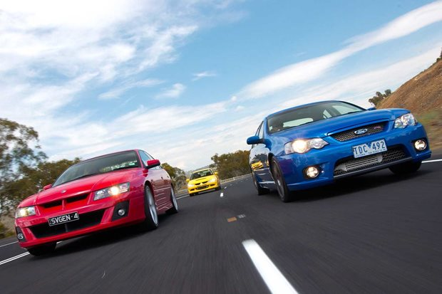 2005 HSV Clubsport vs FPV F6 Typhoon vs Mitsubishi Evo VIII comparison classic MOTOR