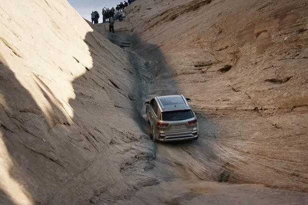 Kia Sorento tackles Hells Gate