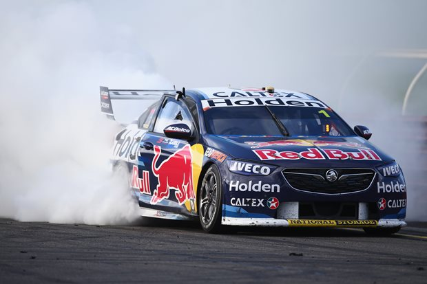 Whincup and Dumbrell dominate Sandown 500