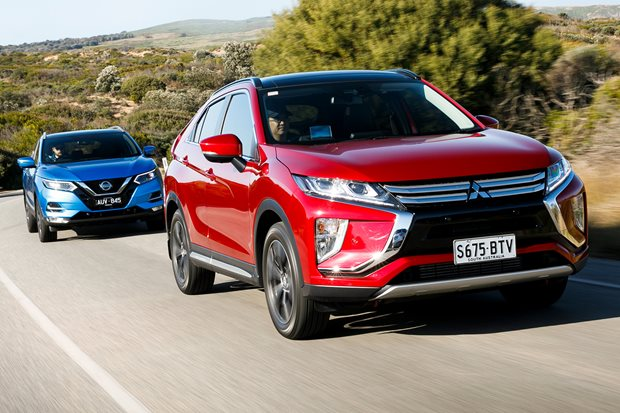 2018 Mitsubishi Eclipse Cross Exceed vs Nissan Qashqai Ti comparison review
