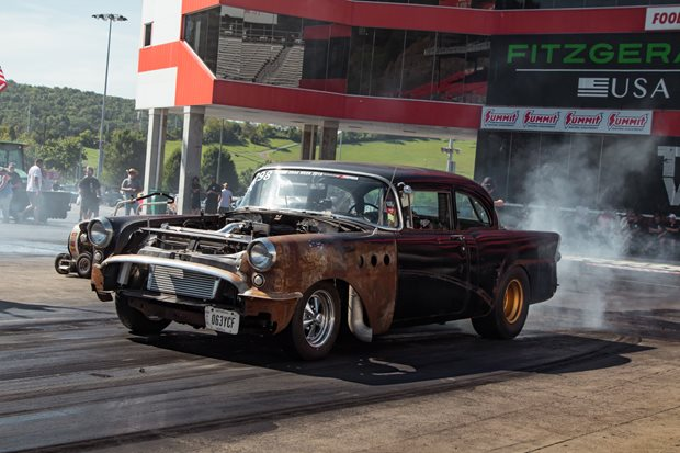 Jason Kraps's 1955 Buick Special at Drag Week - video