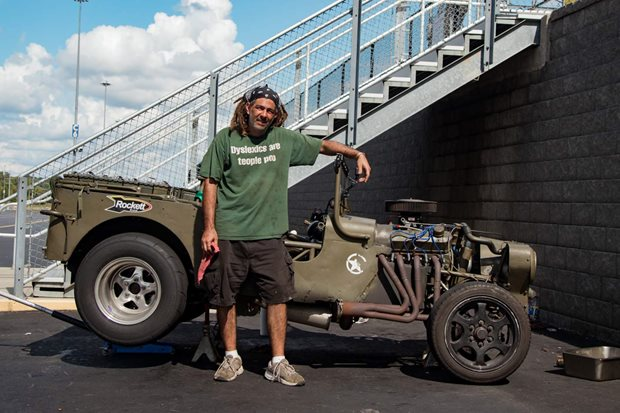 WW2 Jeep hits the strip! Hot Rod Drag Week – Video