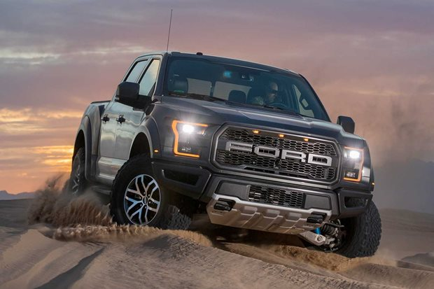 Ford F-150 Raptor supercharged V8