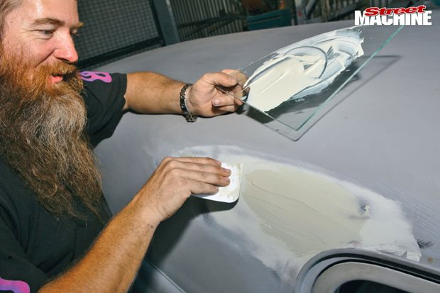 How to apply body filler to your car