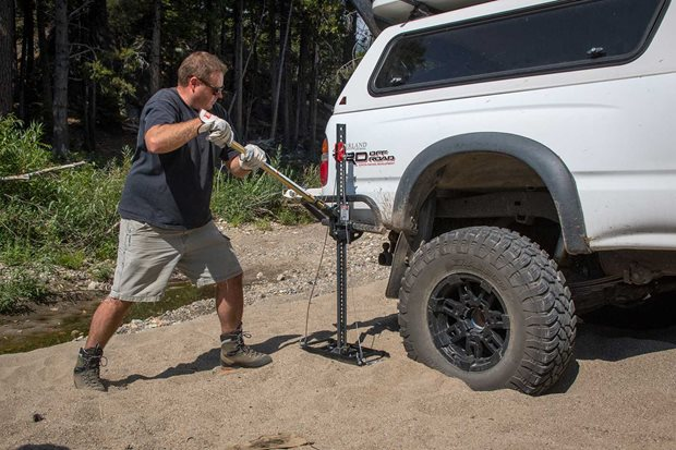 All-terrain jacks comparison test 4x4 product test