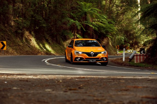 Renault Megane RS280 review: Wheels spin