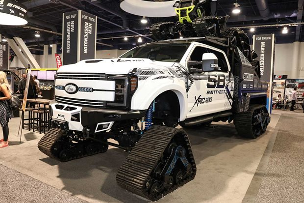 2019 SEMA Show indoor exhibits