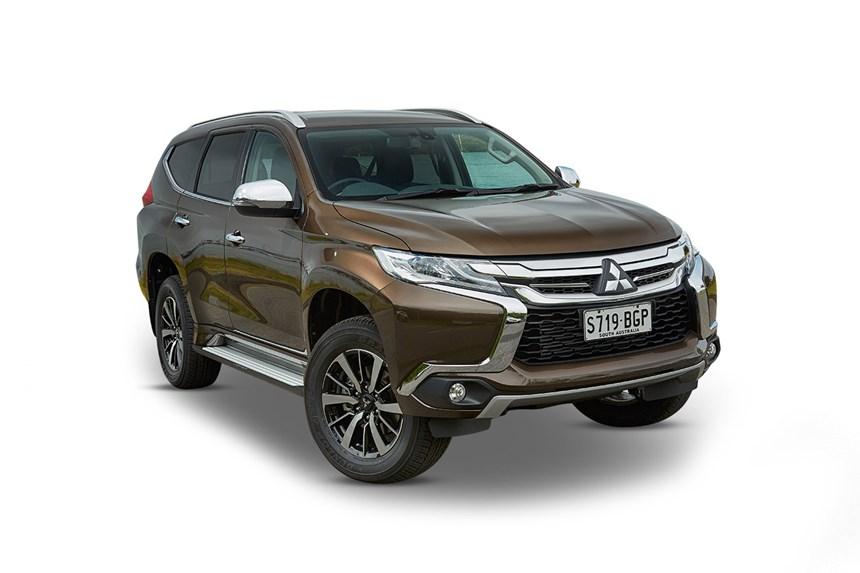 2017 mitsubishi pajero sport gls (4x4) 7 seat, 2.4l 4cyl diesel